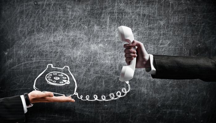 6 Hosted PBX Benefits vs. Alternatives for Businesses of All Sizes