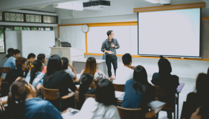 What are the Best VoIP Phone Systems for Schools in 2019?